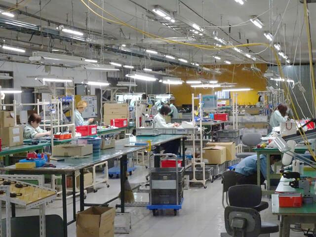 工場内 組立工程 全景